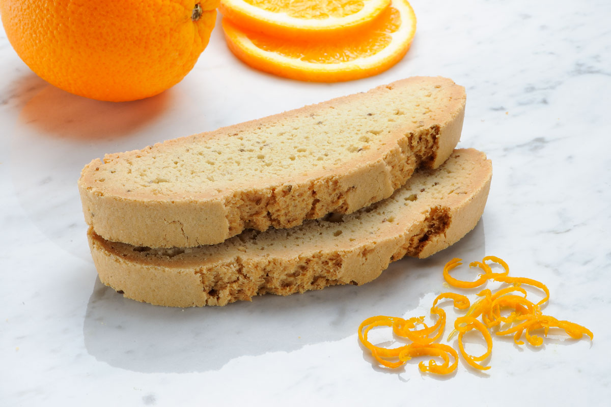 Mezzaluna Biscotti Outrageous Orange